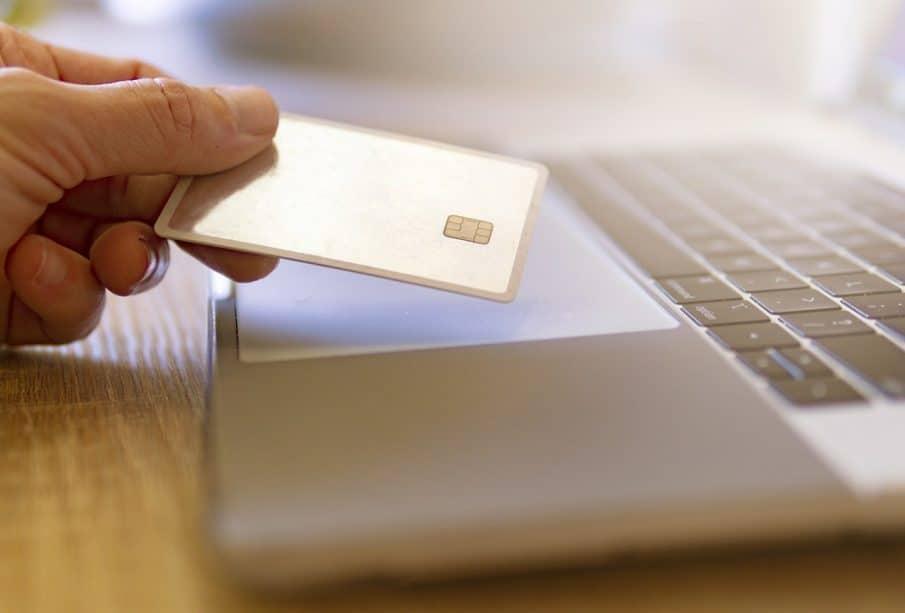 Faut-il céder aux sirènes de la banque en ligne ?